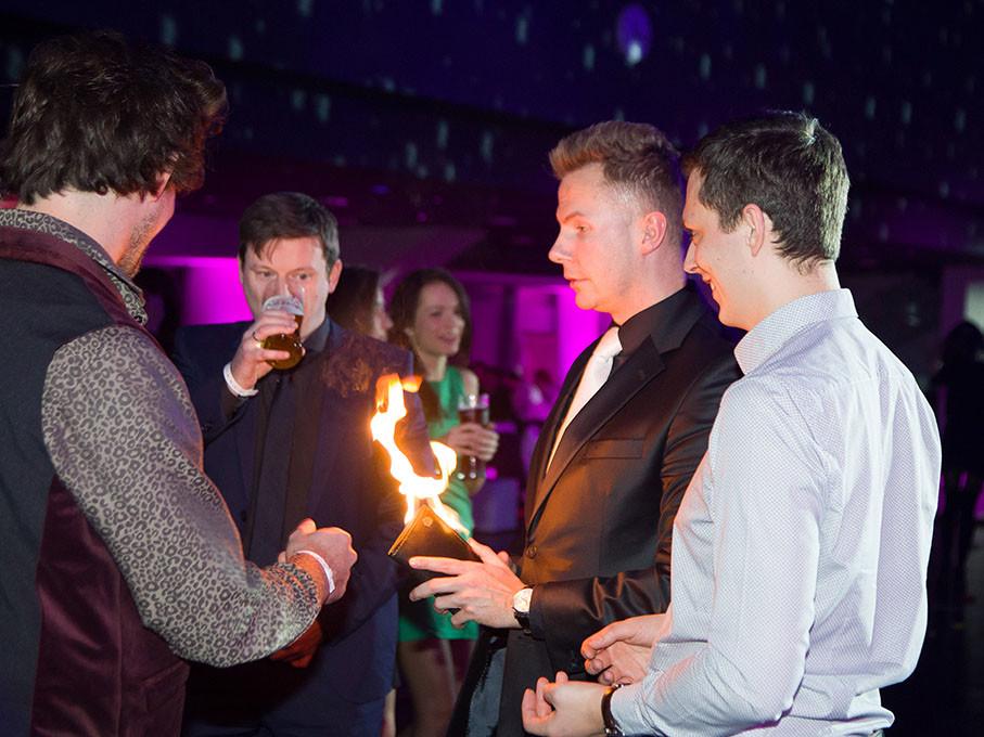 Pokazy iluzji na imprezy firmowe