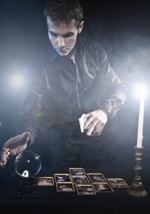 Iluzjonista Wrocław - magik Marcin Gogołowicz